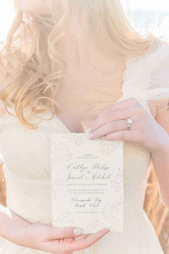 Sun-drenched Fall Bohemian Bridal Style On The Chesapeake Bay | Photograph by Manda Weaver Photography  See The Full Story at https://storyboardwedding.com/fall-bohemian-bridal-chesapeake-bay