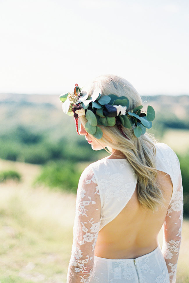 Rolling Texas Hill Country Wedding | Photograph by Anne Brookshire Photography  See the full story at http://storyboardwedding.com/texas-hill-country-wedding/