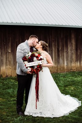 Butler Barn Oregon Winter Wedding | Photograph by Hazel Eye Photography  See the full story at http://storyboardwedding.com/butler-barn-oregon-winter-wedding/