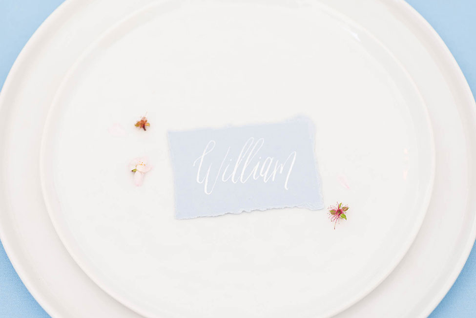 Minimalist Cloudscape Wedding In Atlanta | Photograph by Heather K Cook Photography  See the full story at: https://storyboardwedding.com/minimalist-cloudscape-wedding-atlanta/