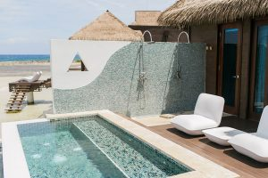 Sandals-Jamaica-over-the-water-Bungalows-Plunge-Pool