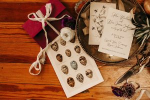 Dandy_Roll_Vintage_Print_Shop_Indie_Wedding_Caitlin_Trickett_Photography_3-h