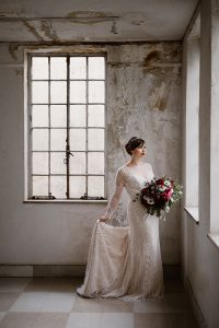 Rustic Elegant Wedding Perfection At Tennessee's Candoro Marble Factor...
