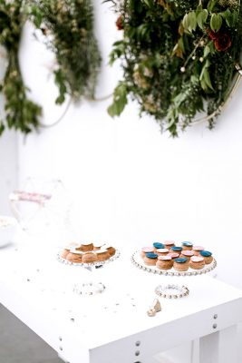 Davids_Bridal_Celestial_Wedding_23-lv