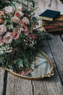 Folk_Indie_Woodland_Wedding_Cate_Ann_Photography_11-lv
