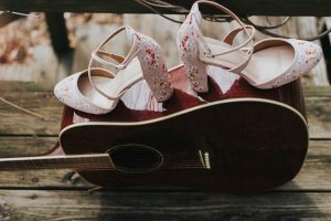 Folk_Indie_Woodland_Wedding_Cate_Ann_Photography_9-h