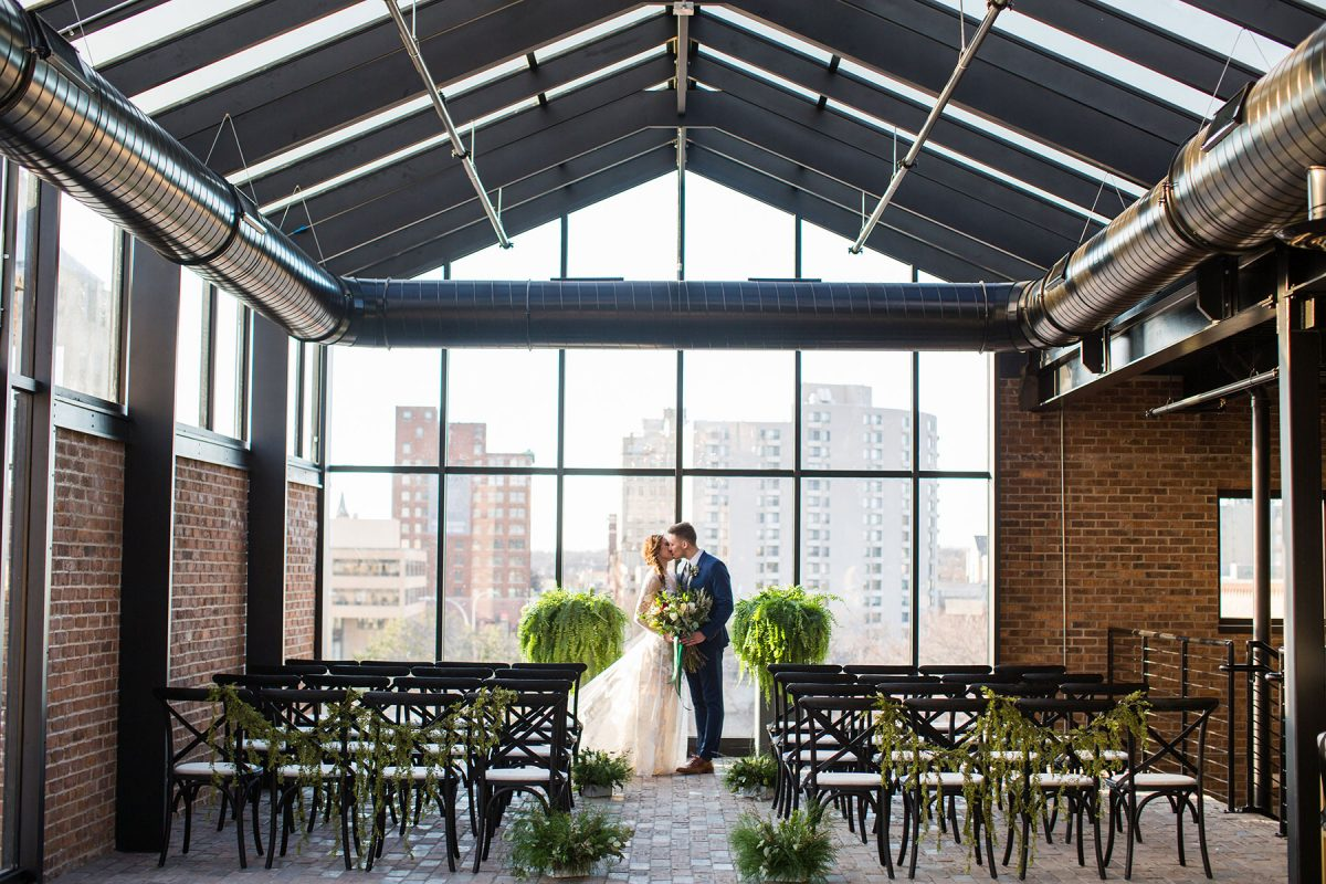 Modern_Romantic_Conservatory_Wedding_Ell_Adele_Photography_1-h