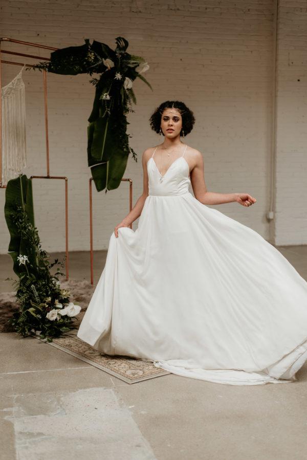 Minimalist Wedding Inspiration with Antique Elements Mariana Ziegler06