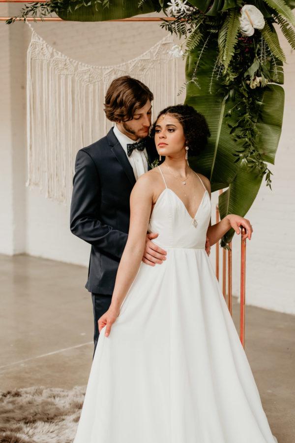 Minimalist Wedding Inspiration with Antique Elements Mariana Ziegler10