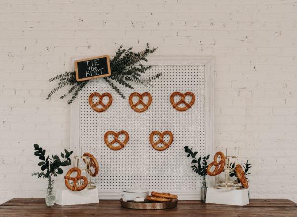 Minimalist Wedding Inspiration with Antique Elements Mariana Ziegler29