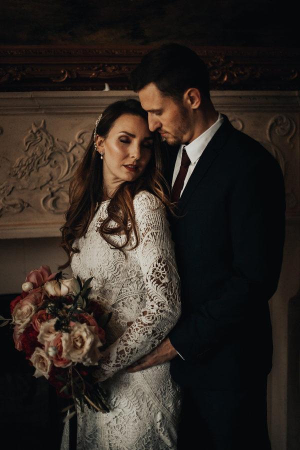 Romantic Wedding Inspiration at Mystical Washington Manor Sarah Thompson38