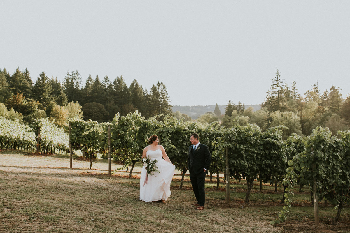Romantic Winery Wedding in Oregon Hazelwood Photo40