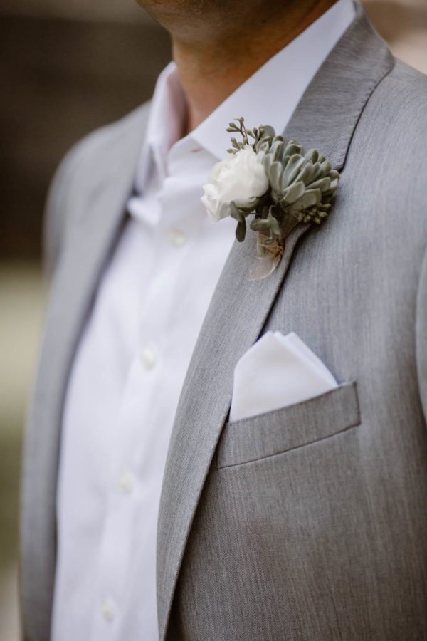 Organic Knoxville Wedding with A Neutral Palette Erin Morrison06