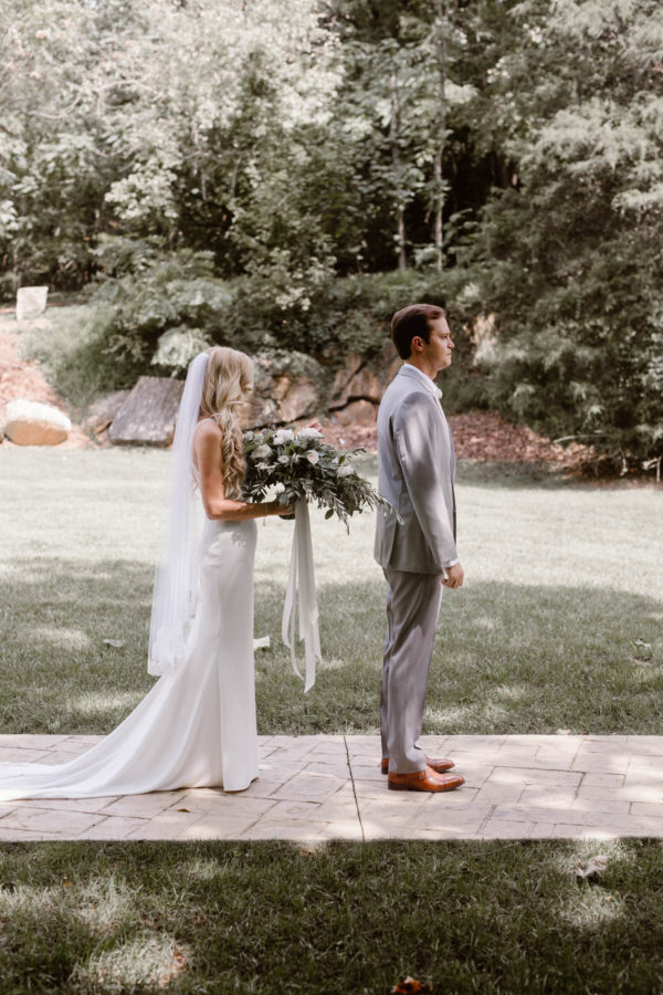 Organic Knoxville Wedding with A Neutral Palette Erin Morrison07