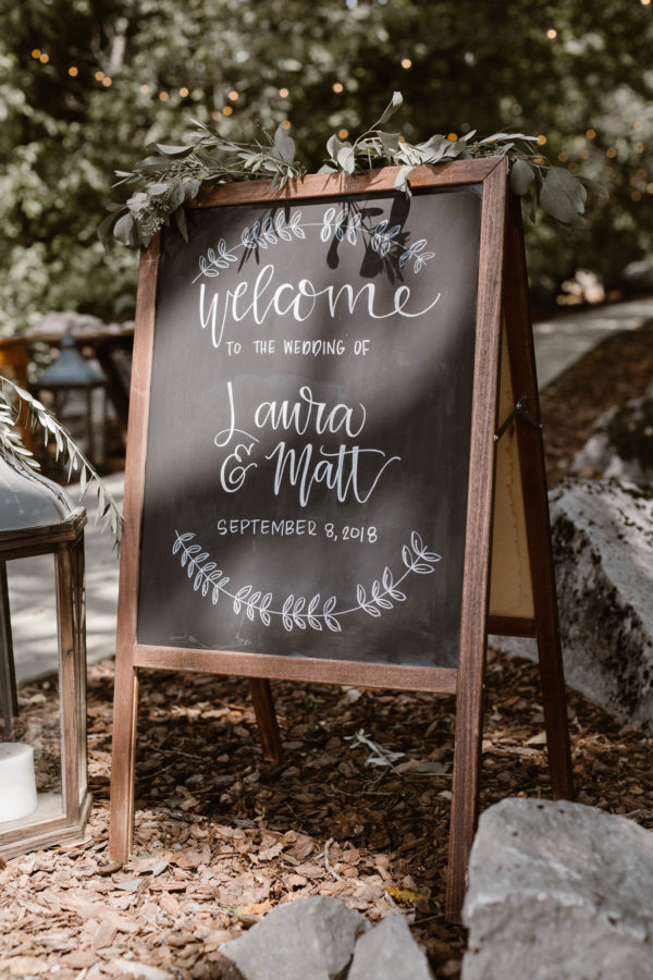 Organic Knoxville Wedding with A Neutral Palette Erin Morrison13