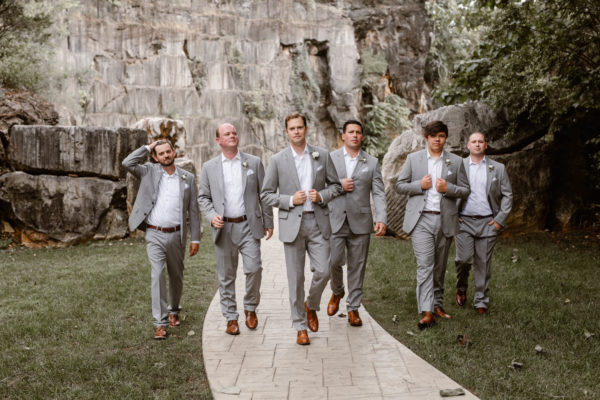 Organic Knoxville Wedding with A Neutral Palette Erin Morrison32