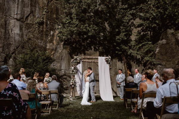 Organic Knoxville Wedding with A Neutral Palette Erin Morrison39