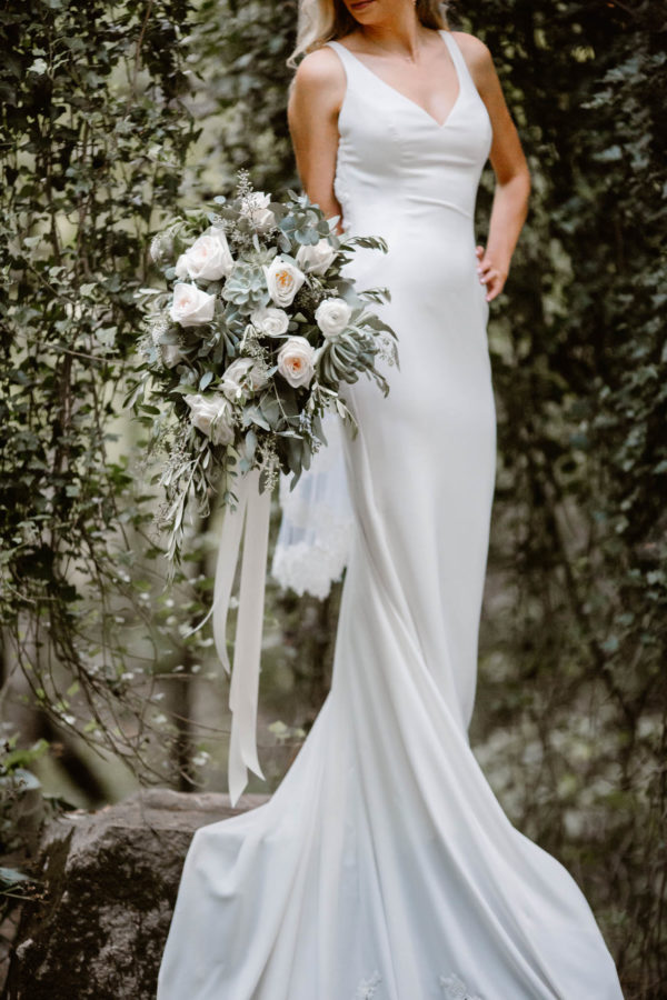 Organic Knoxville Wedding with A Neutral Palette Erin Morrison41
