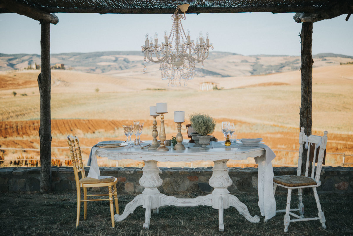 Wedding Inspiration featuring Two Bridal Styles in Italy Lucrezia Senserini21