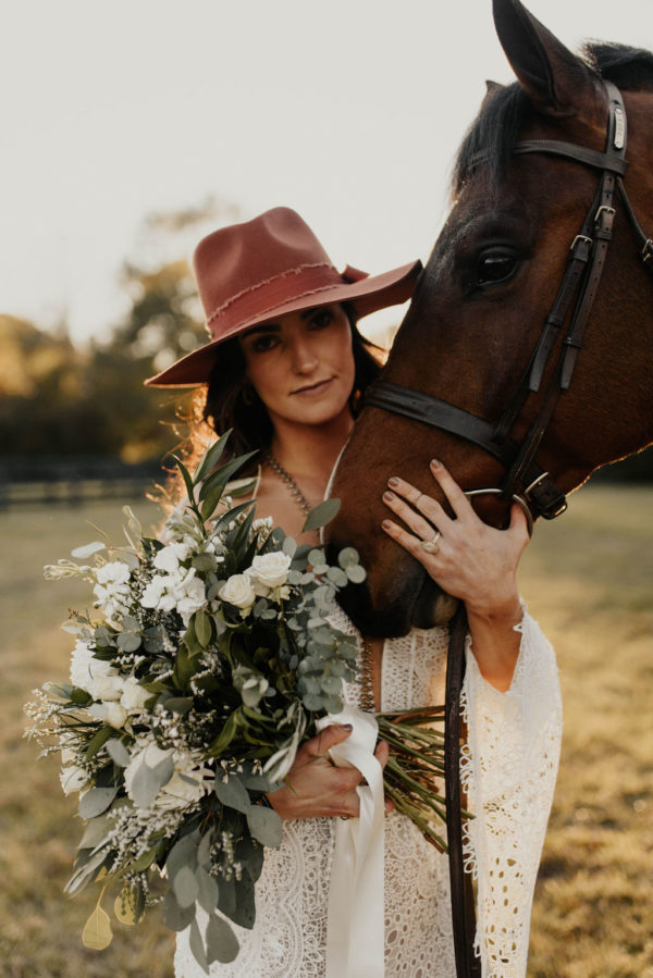 Bohemian Ranchstead Bridal Inspiration Taryn Lynn Photography02
