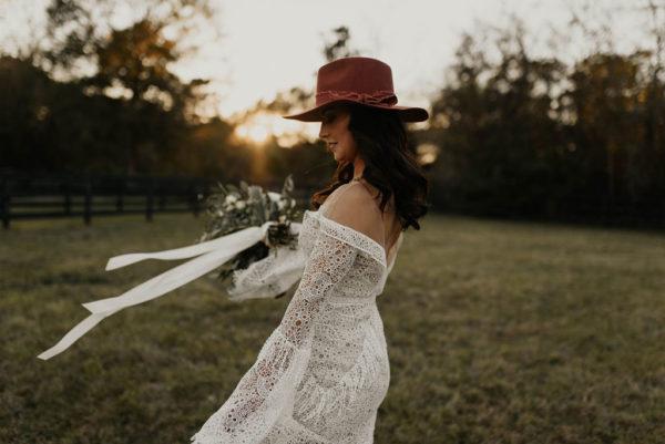 Bohemian Ranchstead Bridal Inspiration Taryn Lynn Photography07