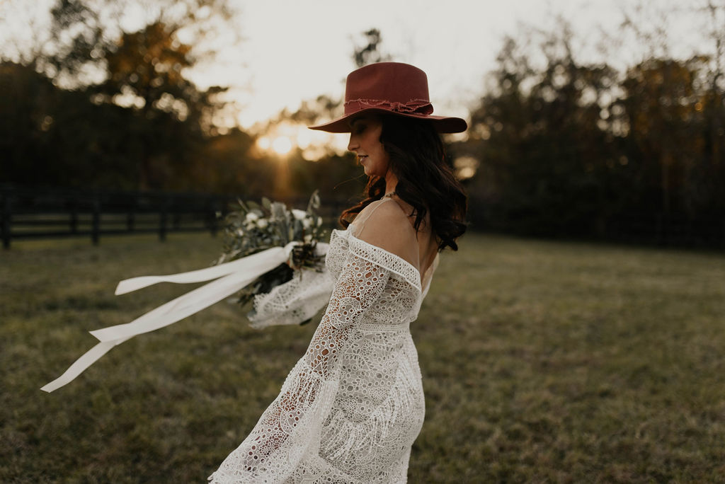 Bohemian Ranchstead Bridal Inspiration Taryn Lynn Photography07