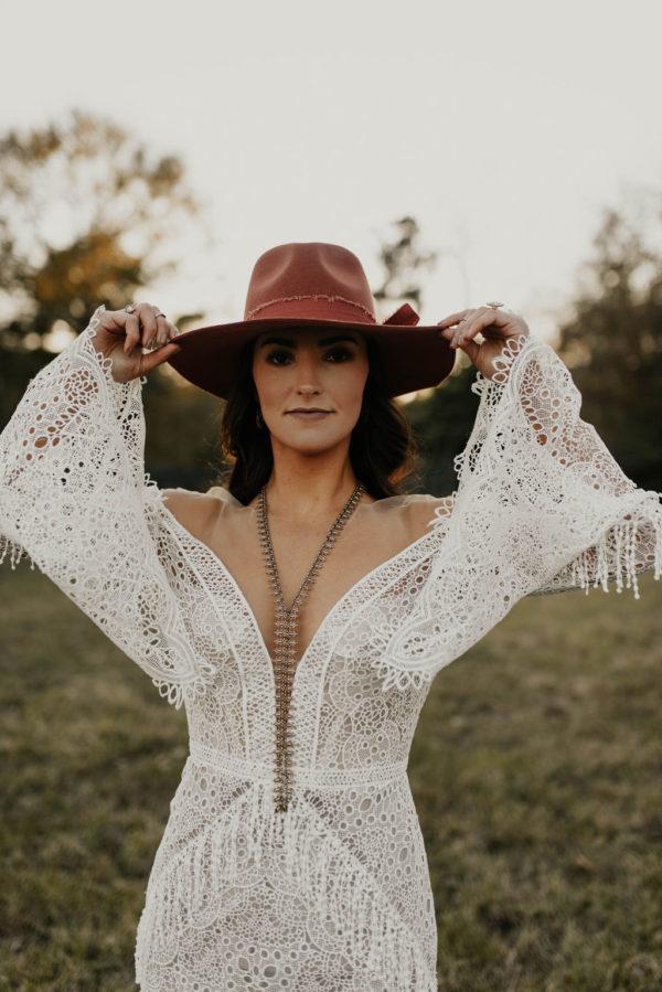 Bohemian Ranchstead Bridal Inspiration Taryn Lynn Photography08