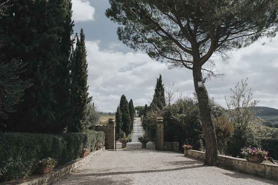 Relaxed and Intimate Tuscan Wedding Daniela Nizzoli01