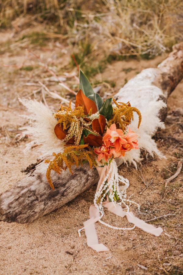 Bohemian Joshua Tree Vow Renewal Allie Dearie Photography09