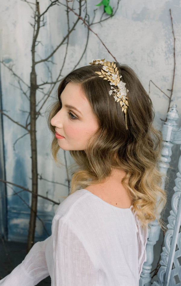 Romantic Poetry Bridal Session Inspiration Wreath and Rose Photography06