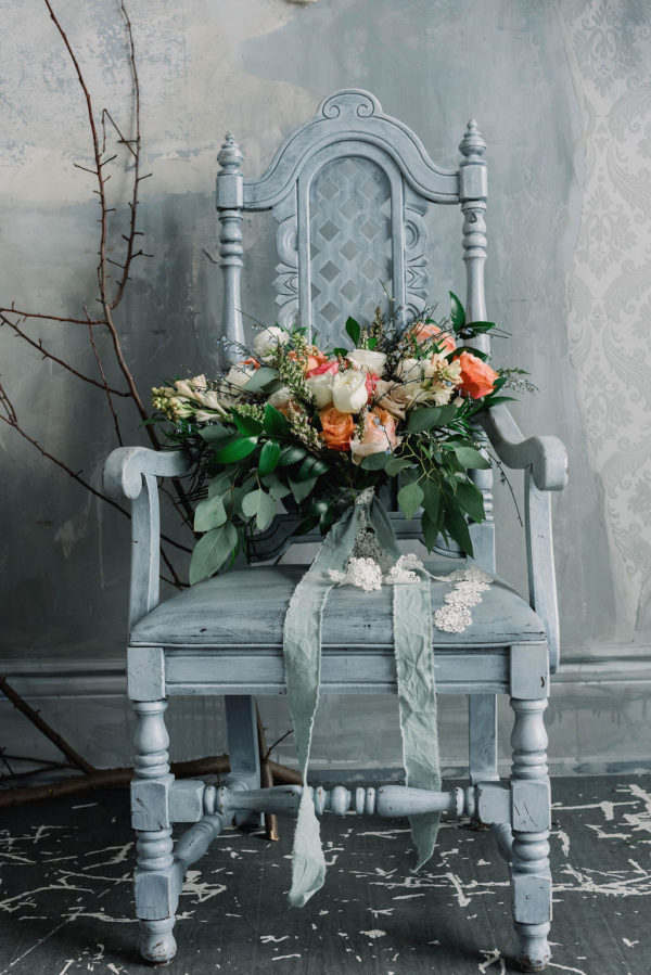 Romantic Poetry Bridal Session Inspiration Wreath and Rose Photography07