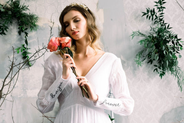 Romantic Poetry Bridal Session Inspiration Wreath and Rose Photography09